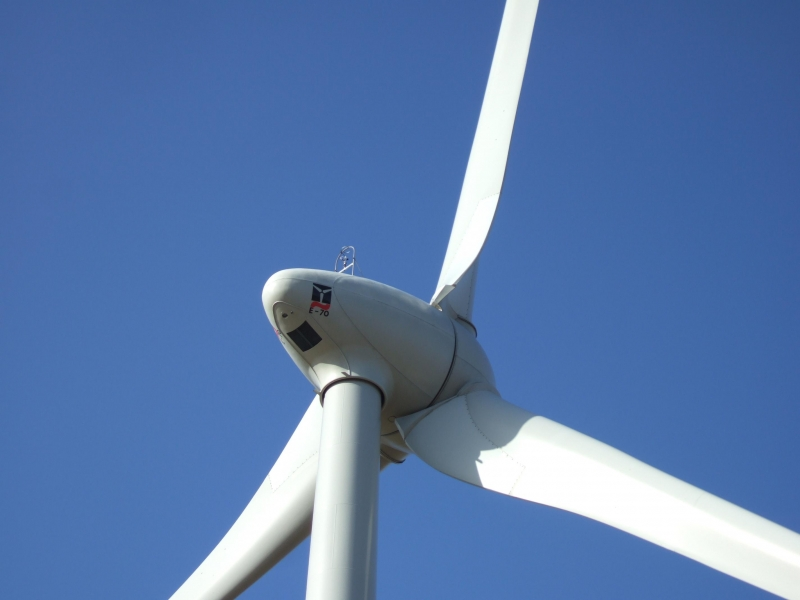 Foto of turbine E-70 E4 2.300 by the manufacturer Enercon :
